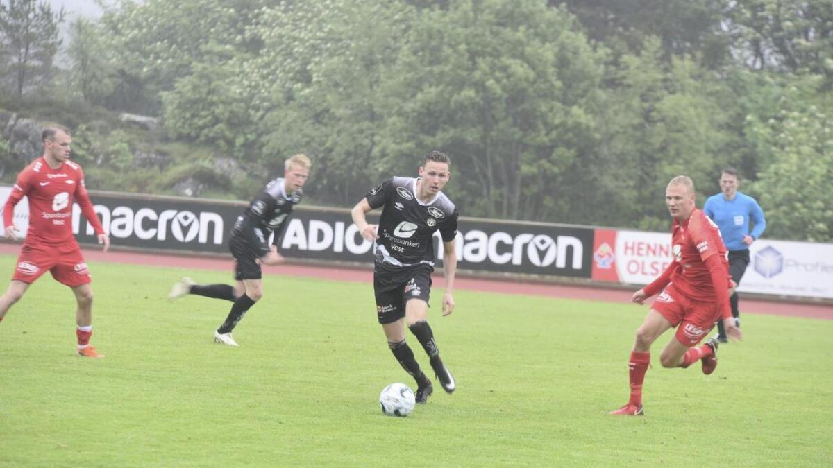 Sogndal leia 1-2, men Brann snudde kampen og vann til slutt 3–2.