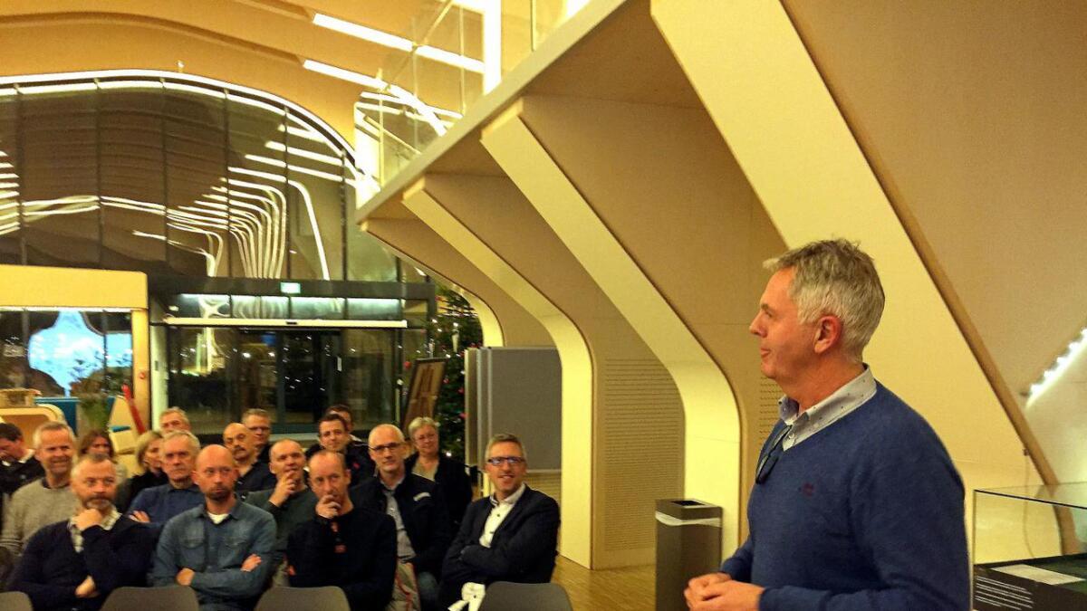Odd Grønberg og Vennesla Næringsforening ønsker å starte et forum for håndverkere. Her fra et annet møte i Kulturhuset tidligere i år.