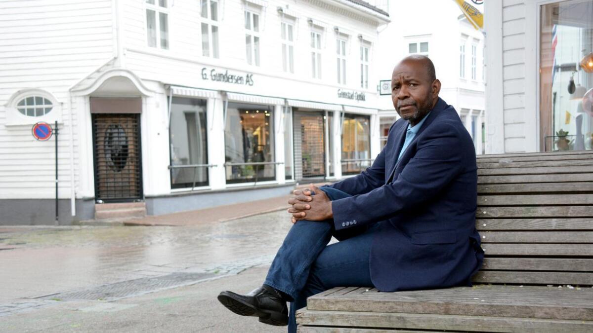 Sammen med Freddy de Reuter har Issifou Koanda nå startet en innsamlingsaksjon.