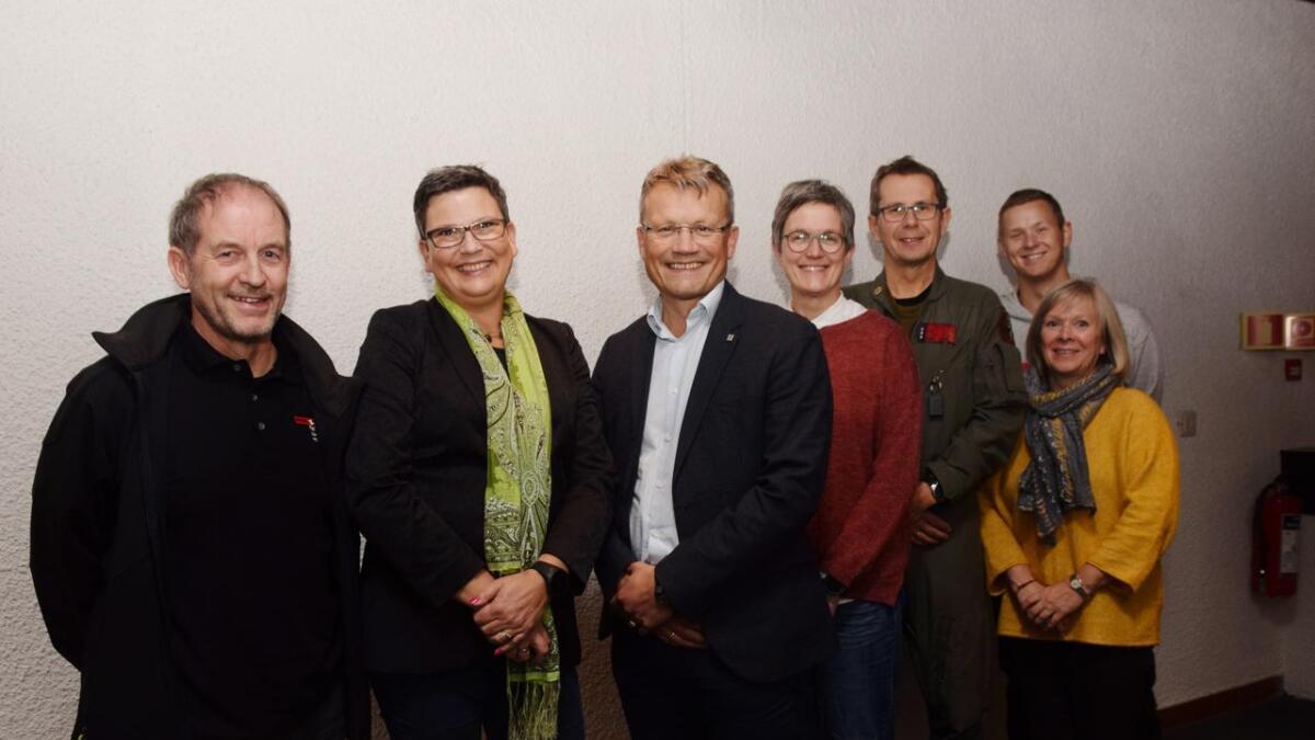 Finn-Allan Westjord (Fellesforbundet), Ann-Kristin Mollfjord (ny distriktssekretær LO Stat Nordland), Egil Andre Aas (leder LO Stat), Ann-Eva Anfeltmo (NTL), Stein-Håkon Eilertsen (NOF), Ann Birgit Nilsen (LO Stat Troms og Finnmark) og Geir-Atle Johansen (NTL).