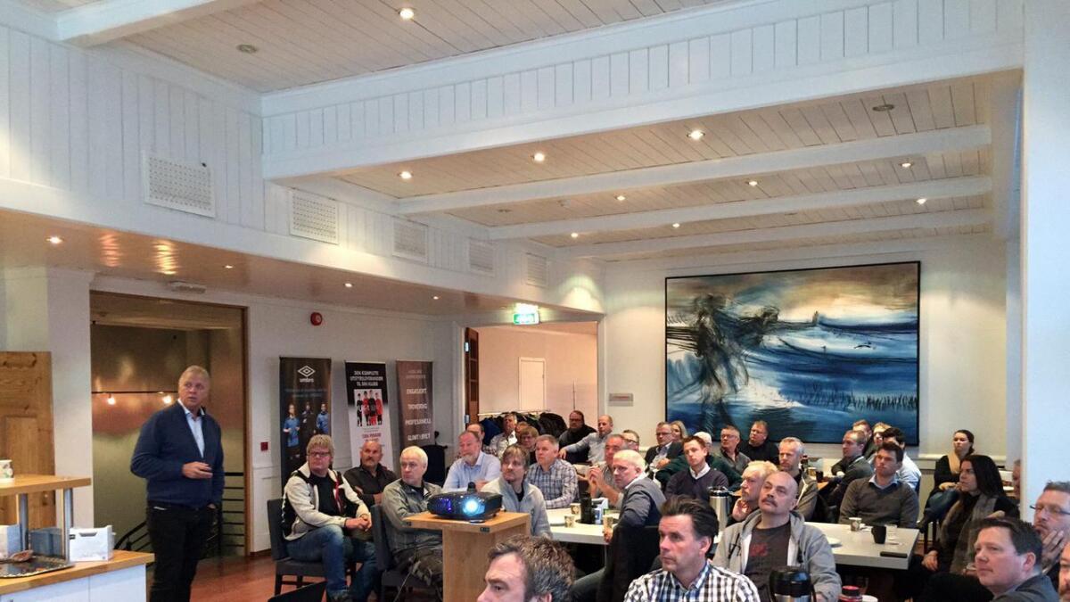 Konsernsjef i Scan Trade Holding, Terje Normann Johanssen, fikk æren av å holde det første foredrag ved næringslivsforeningens frokostmøte.