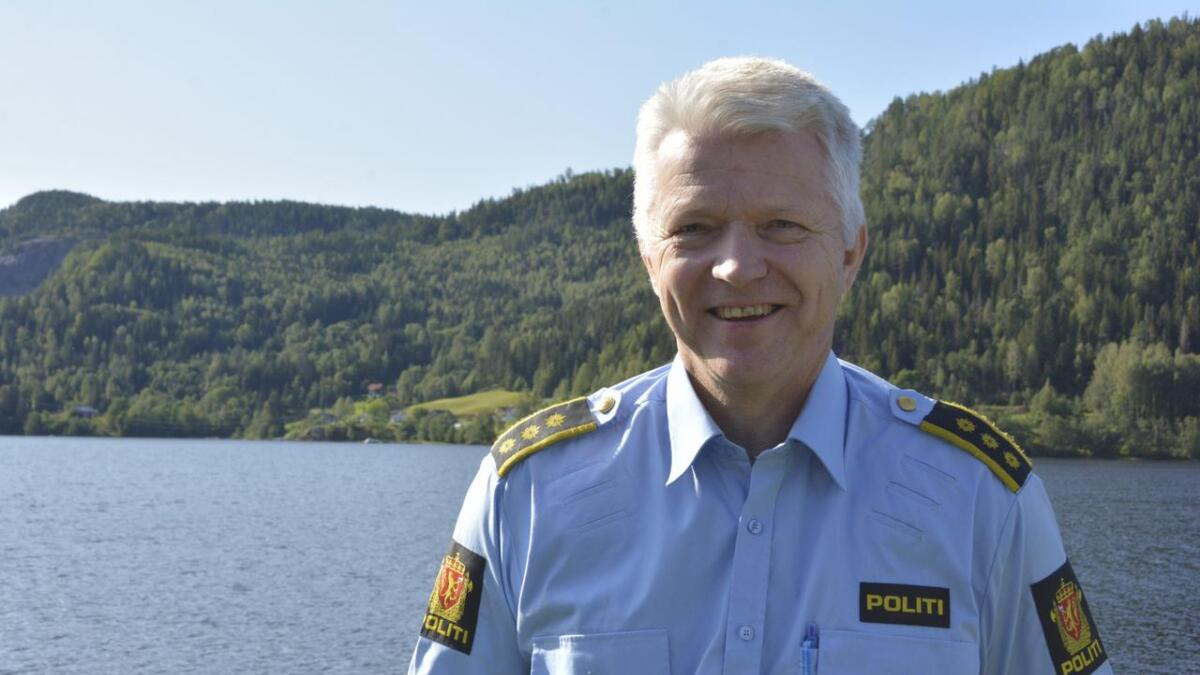 Politikontakt Bjørn Håvard Olsen vil støtte og realitetsorientere foreldre om barns bruk av sosiale medium.