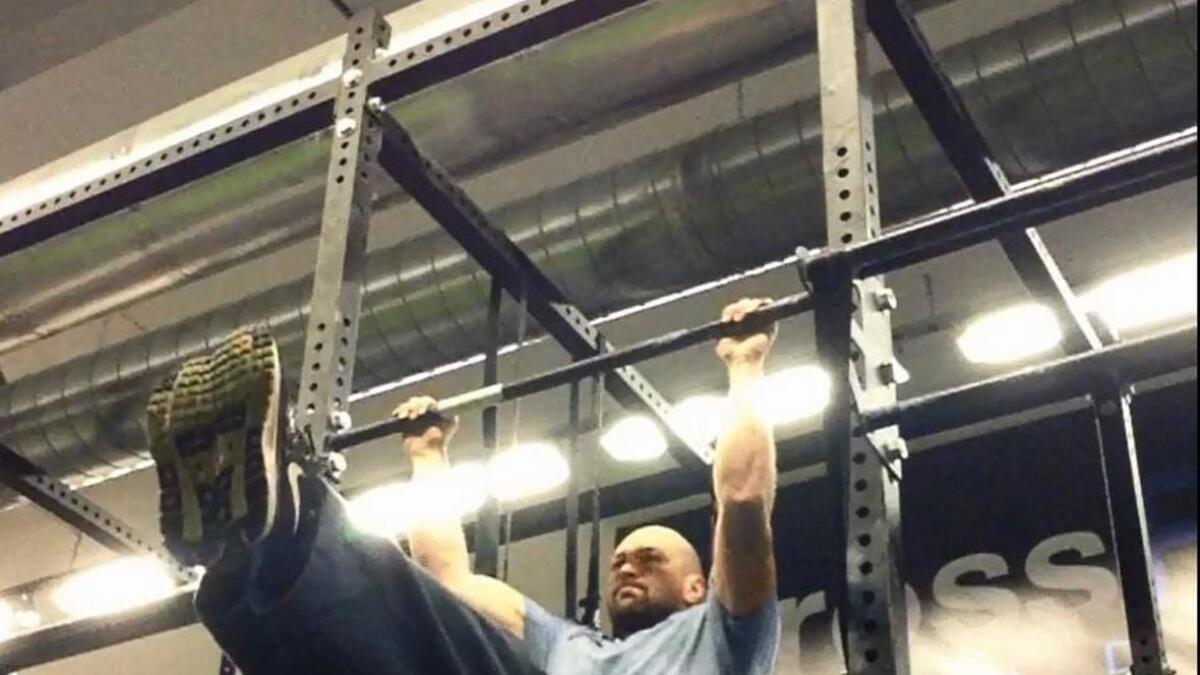 En metode for å»lure kroppen»,  der du utfører en øvelse kort og med ekstra stor belastning. Her viser eks-OL-deltaker Hans Olav Uldal en tung kroppshev.