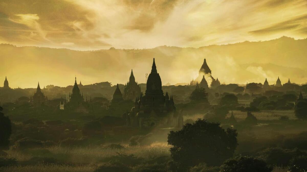I Bagan finst den største konsentrasjonen av buddhisttempel og pagodar i verda. Mange av bileta mine har eg frå denne regionen, fortel Sundsøy.