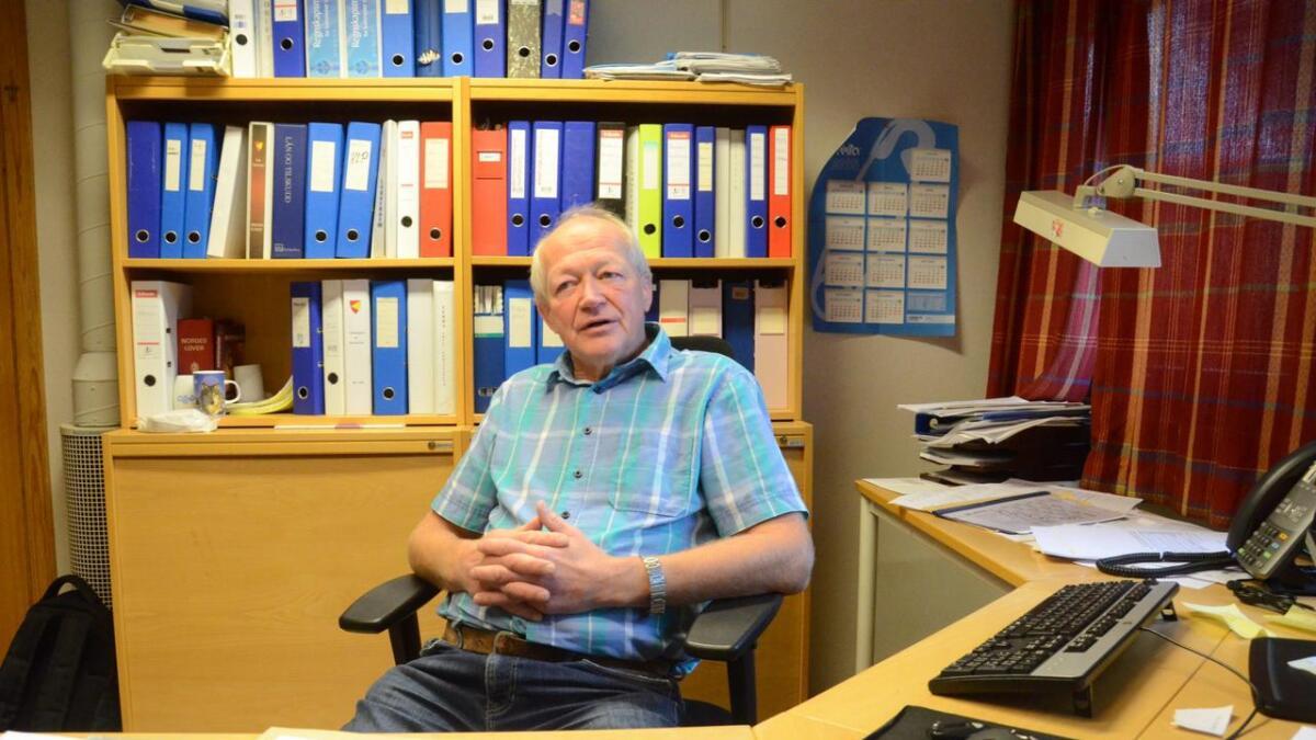Ole Jørgen Hallingstad skisserer dei økonomiske problema i tertialrapporten for Nes kommune.