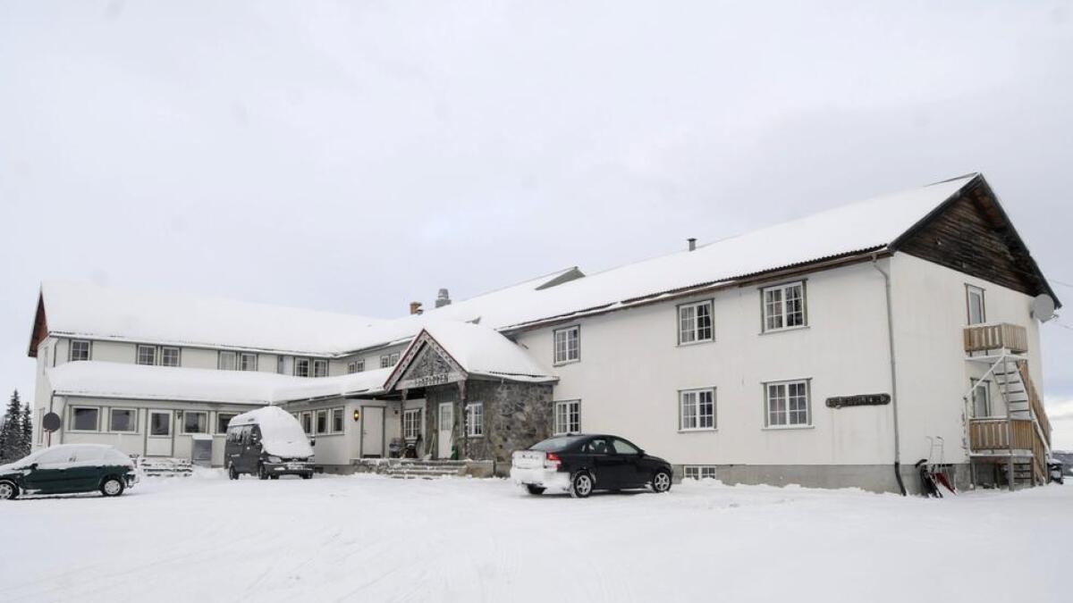 Dei nye eigarane av Liatoppen Fjellstove skal pusse opp det 54 år gamle hotellet og drive det vidare som turistbedrift.