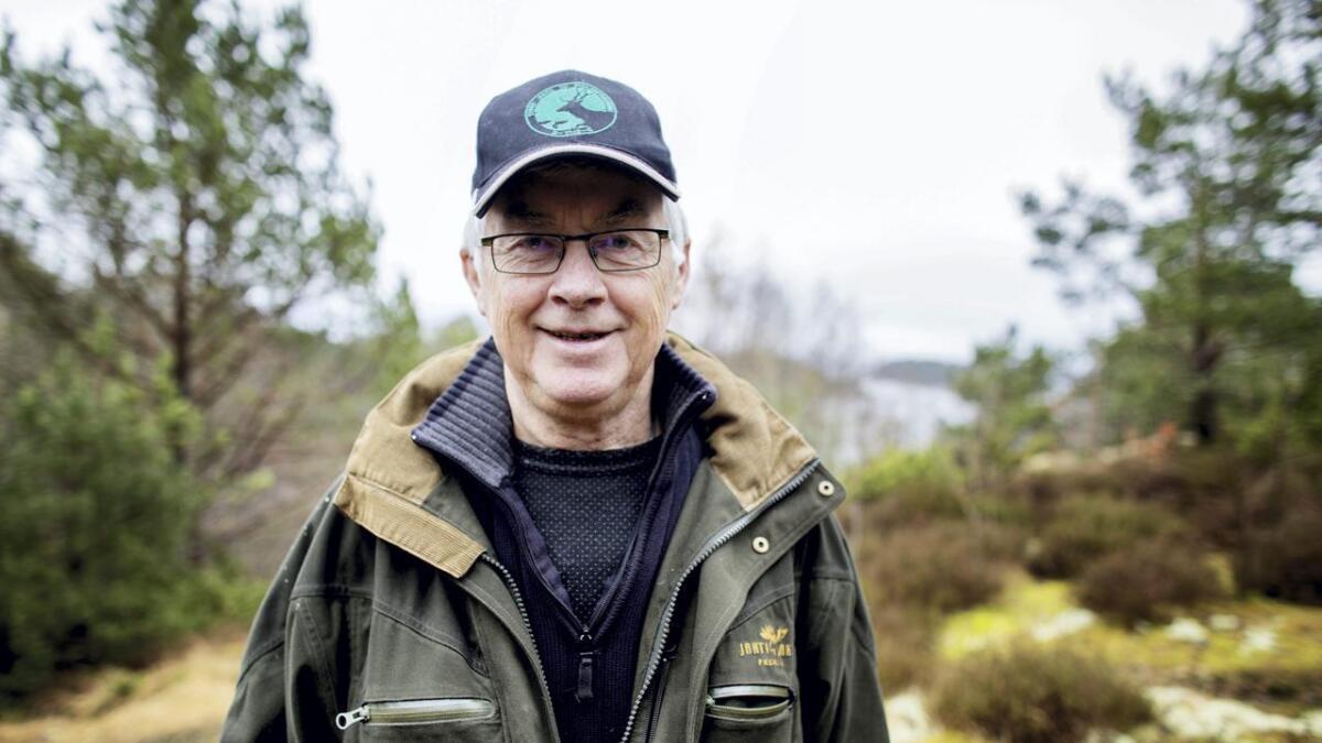 Atle Bjørn Mæhle vart pensjonist i 2010, og reagerer på at pensjonistane ikkje får like mykje auke i pensjonane som løns- og prisstiginga utgjer.