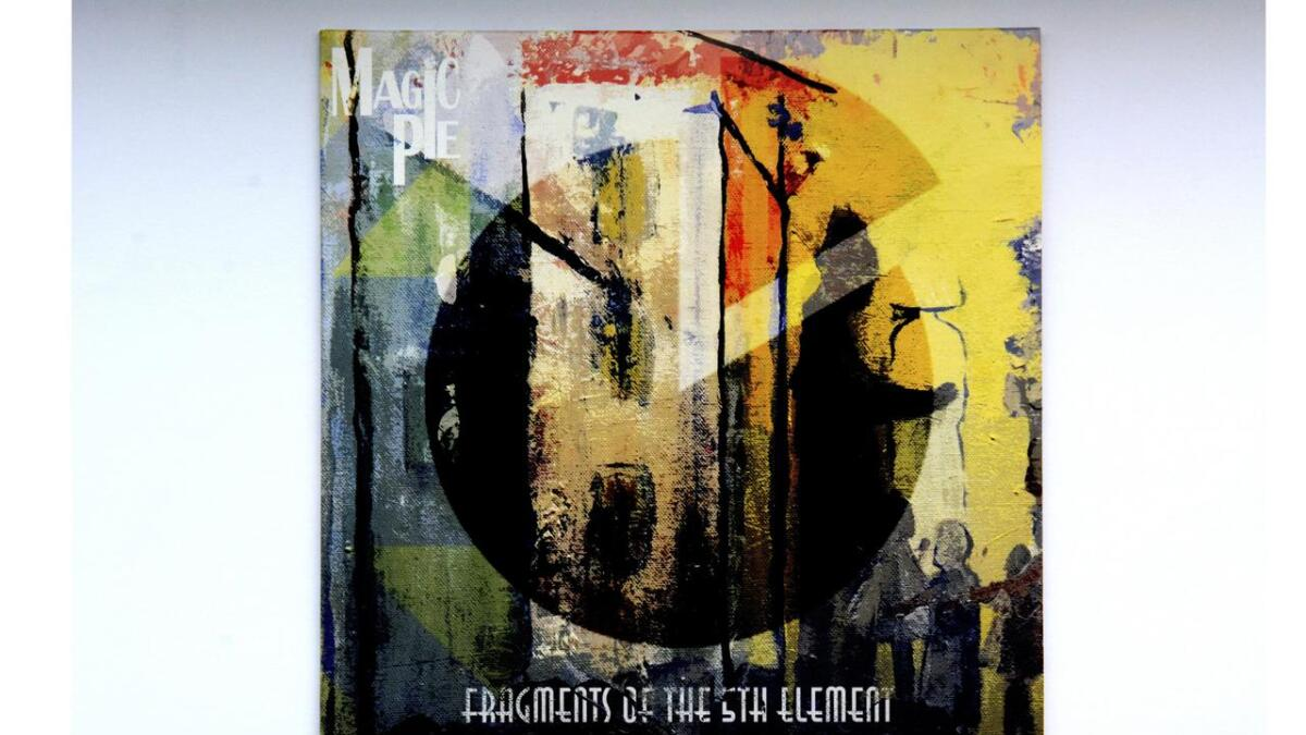 "Dette er det nye albumet, ""Fragments of the 5th Element"" som lanseres fredag denne uka."