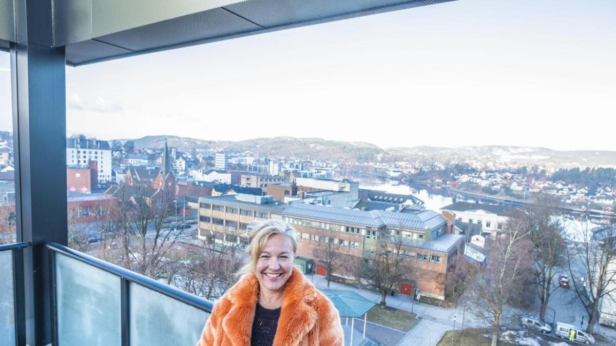 1. juni tar Stine Ellingsberg (49) over      som bysjef i Porsgrunn Min By. Hun har lenge hatt lyst på jobben, og var raskt ute med å søke da den ble lyst ut.