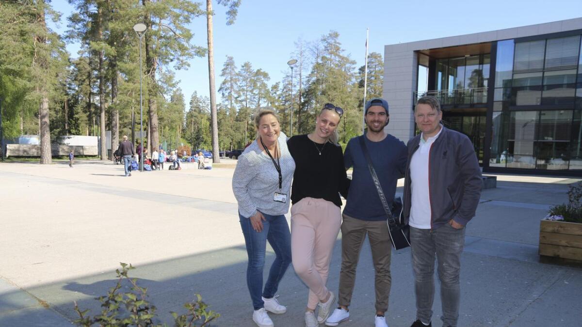 Lene Heibo Knudsen, Nora Fink Tvetenstrand, Christoffer Slåttsveen Darabi og Jan Egil Sørensen gleder seg til Skiens første sommerskole.