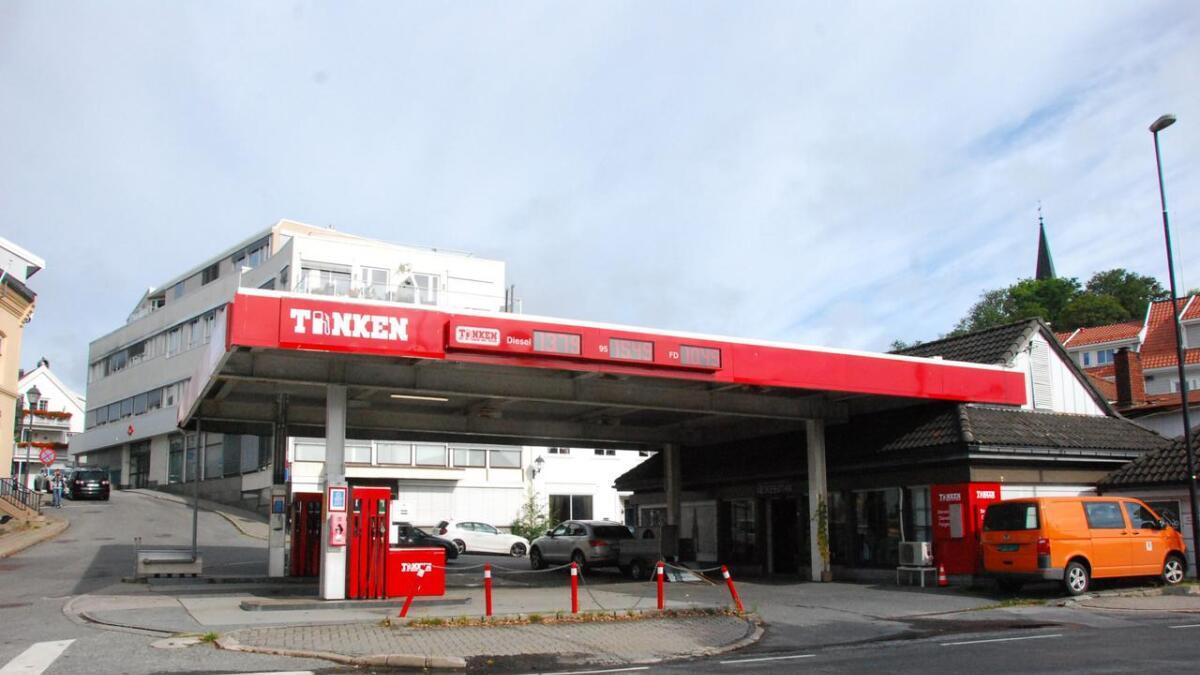 Venstre foreslår og fjerne den gamle bensinstasjonen og forskjønne området.