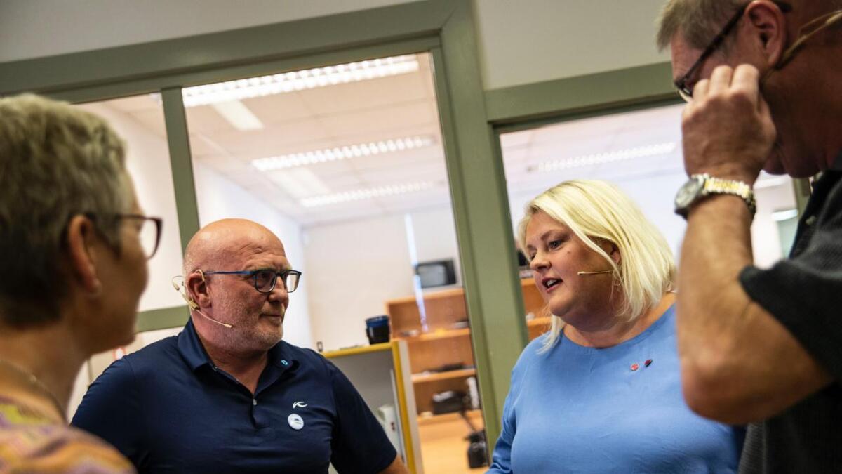Frå TV-debatten med toppkandidatane frå dei fire største partia i Ål. F.v. Sissel Urke (V), Jørund Li (H), Solveig Vestenfor (Ap) og Ole Egil Trintrud (Sp).