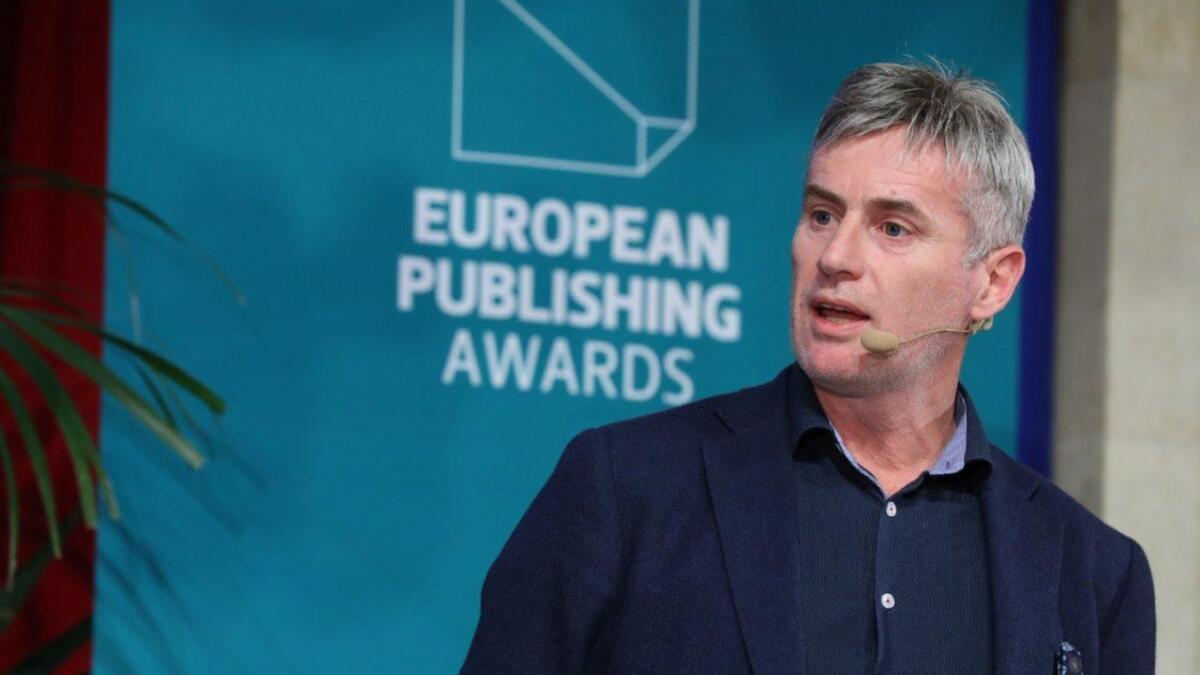 Ansvarleg redaktør Magne Kydland i Mediehuset Sunnhordland fortalde dei over 500 deltakarane frå heile Europa om korleis ein lagar lokalavis på Vestlandet.