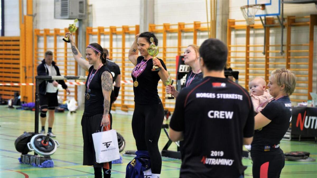 Janne Grandalen ble landets sterkeste kvinne i Møglestuhallen lørdag.