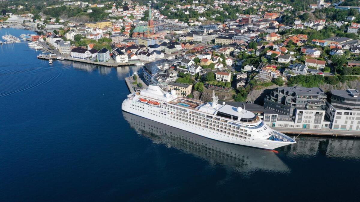 Cruisetrafikken i Arendal skaper debatt.