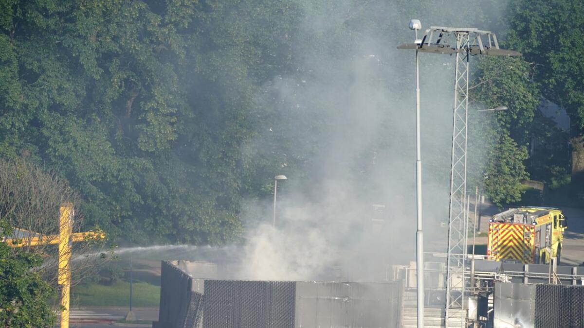 E18 ble stengt i begge retninger etter en eksplosjon på Sandvika.