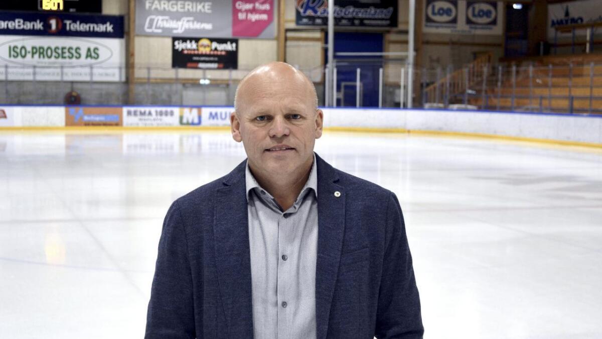 Styreleder i Skien Ishockeyklubb, Knut Bråthen, forteller at klubben ønsker seg opp i 1. divisjon så snart som mulig.