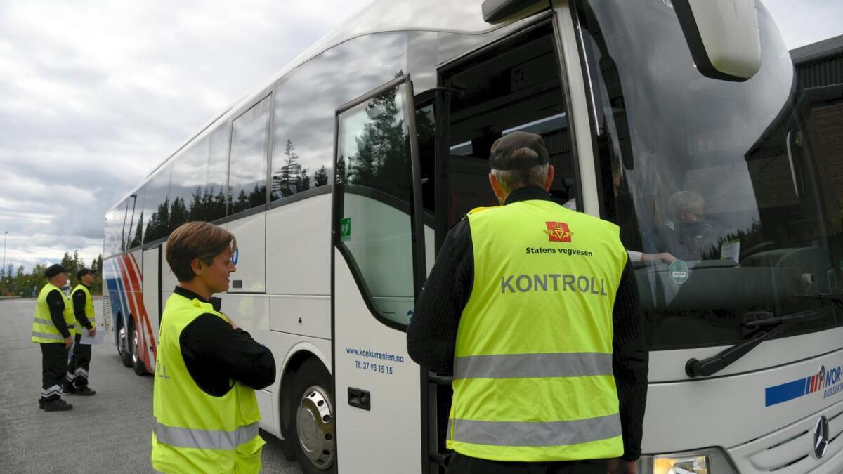 Denne uka blir det hyppige beltekontroller på bussen.