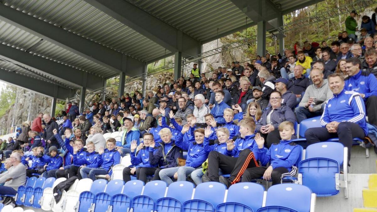 Arendal Fotball dropper inngangspenger mot Fredrikstad. Her fra kampen mot Odds Ballklubb i cupen.