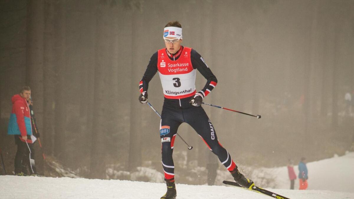 Sindre Ure Søtvik har slite lenge. Men no er han på rett spor. Her går han inn til 3. plass under sundagens renn i kontinentalcupen i tyske   Klingenthal.