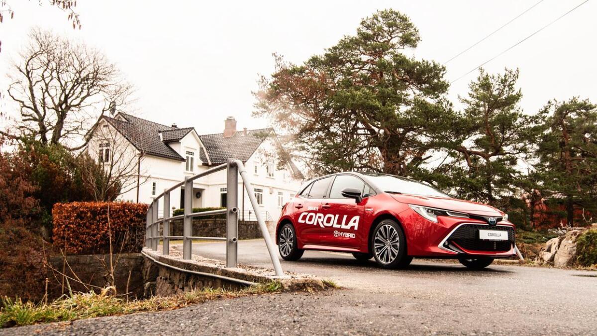 Etter flere års fravær er Toyota Corolla tilbake på norske veier i ny versjon.